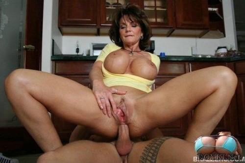горячие голые мамочки порно видео